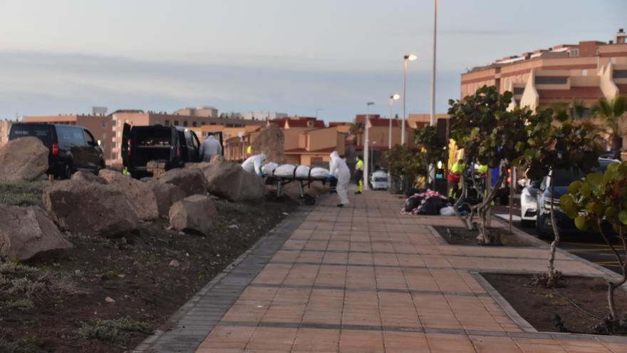 Cuatro muertos en un cayuco llegado a Granadilla tras siete días de travesía