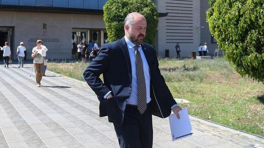 La Audiencia Provincial reabre la causa contra David Cruz por la administración desleal del CD Castellón