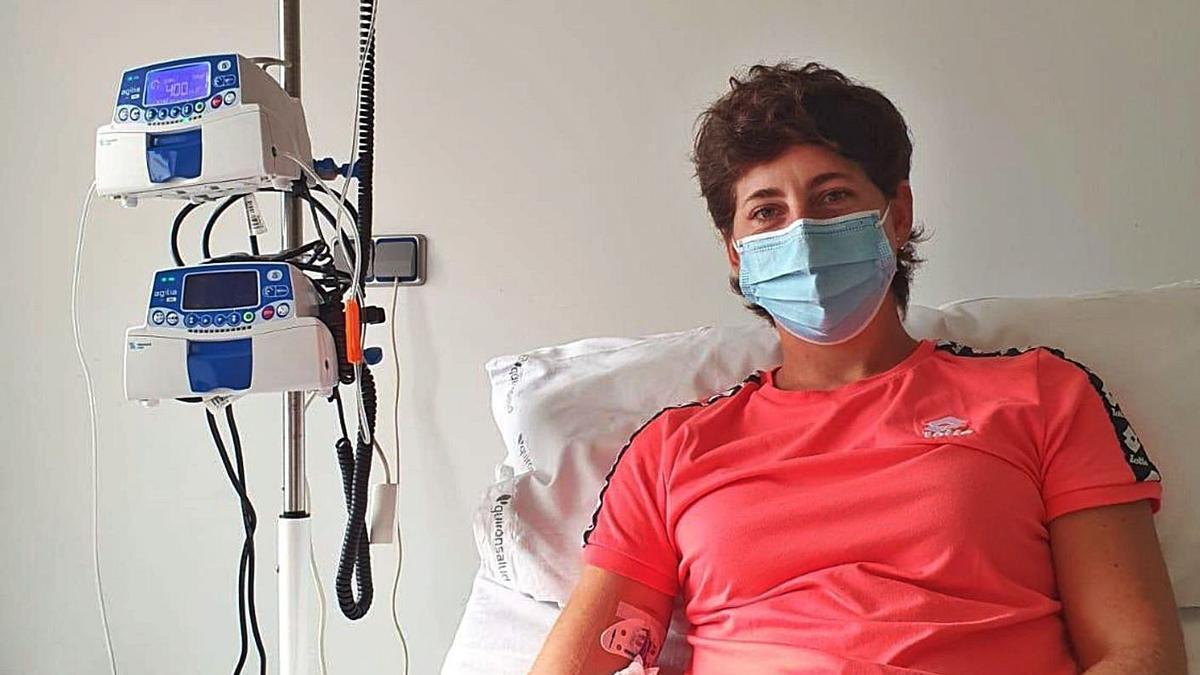La tenista grancanaria Carla Suárez, ayer, en la foto que subió a las redes en un centro hospitalario.