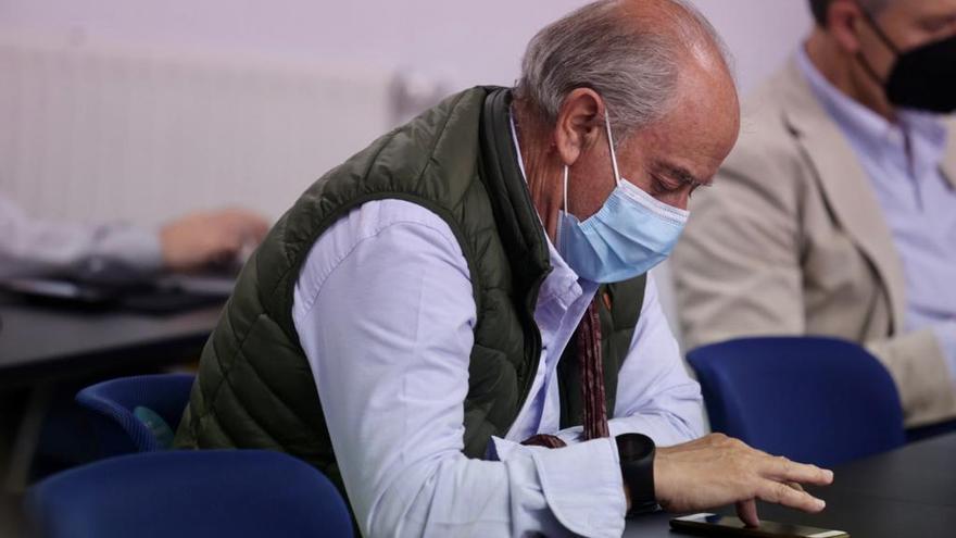 Reyes, Rivas, Lafuente o Dubovsky: lo que no se vio de la presentación del director deportivo del Oviedo