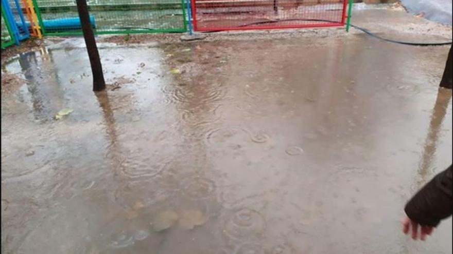 Decenas de municipios valencianos suspenden las clases hoy por el temporal
