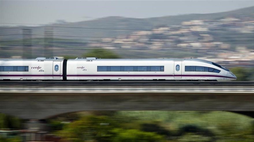 Renfe establece un plan alternativo de transporte para los viajeros de los AVE con origen y destino Castelló