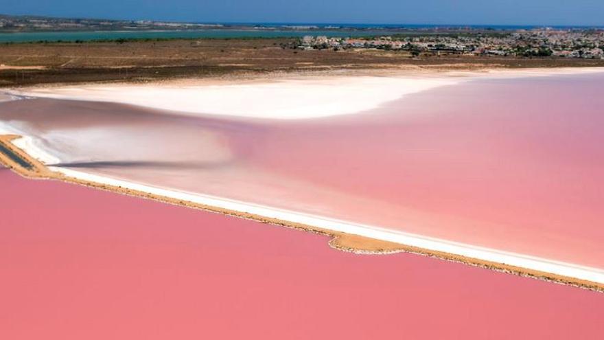 La espectacular laguna rosa que está en la Comunitat Valenciana