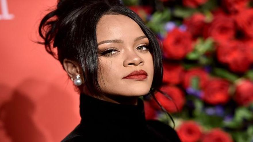 Rihanna cierra la línea de ropa de Fenty