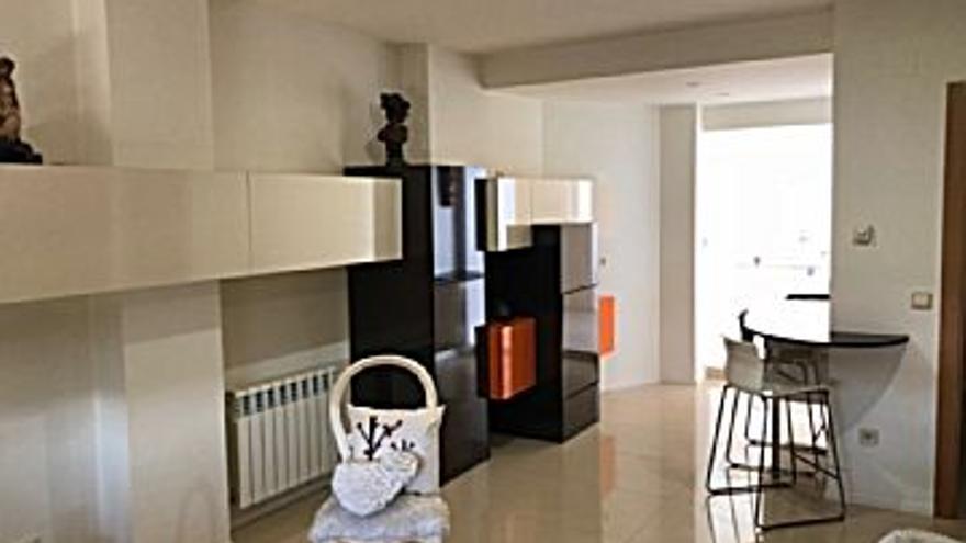 195.000 € Venta de casa en La Vaguada (Zamora Capital) 165 m2, 4 habitaciones, 1 baño, 1 aseo, 1.182 €/m2, 3 Planta...