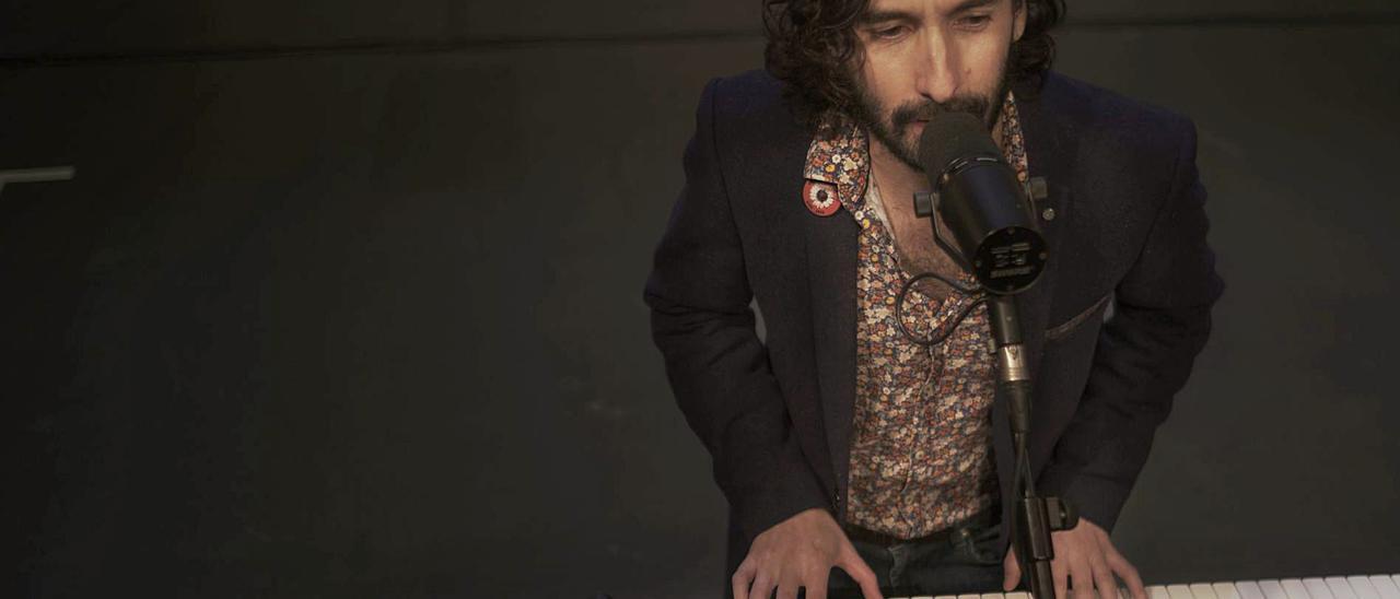 El cantautor turonés Alfredo González.   FICX