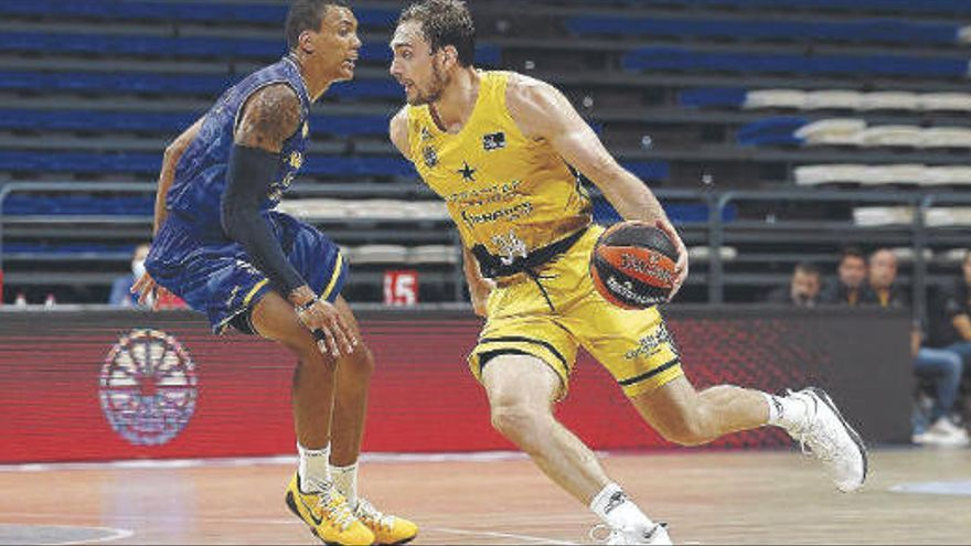 El derbi canario de basket, aplazado por el covid-19