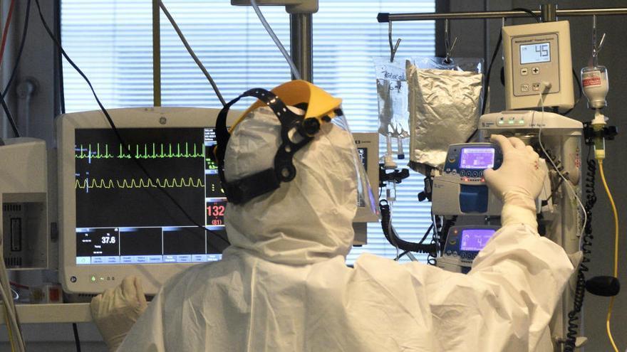Se estancan las cifras de hospitalización en un día con 13 fallecidos