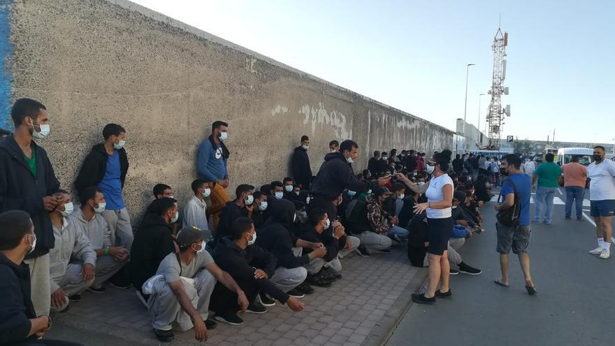 """""""La política migratoria del Gobierno es cero"""", lamenta la alcaldesa de Mogán"""