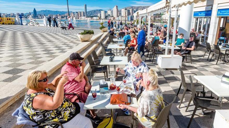 Turismo reclama al Reino Unido la creación de un corredor con la Costa Blanca como los de las islas