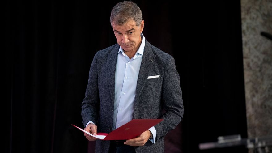 Toni Cantó acusa a Sánchez de plagiar su Oficina del Español