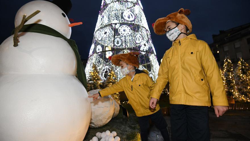 Navidad 2020 en Pontevedra: El poblado navideño llena de luz y color A Ferrería