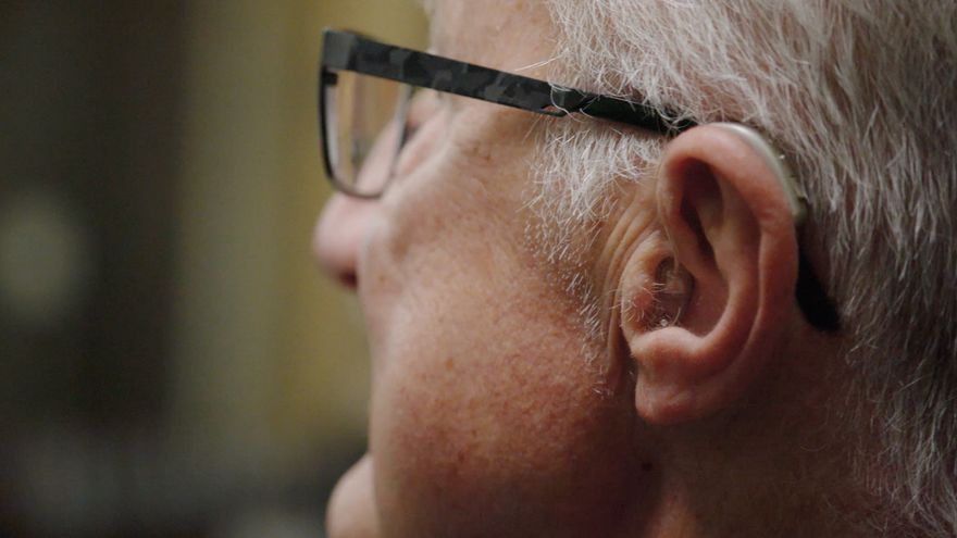 Una buena audición es clave para combatir el deterioro cognitivo
