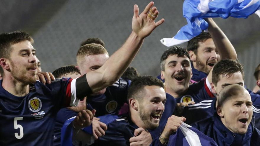 Escocia regresará a una Eurocopa 25 años después y Macedonia debutará