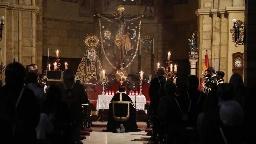 De iglesias, 'alternativa' consolidada
