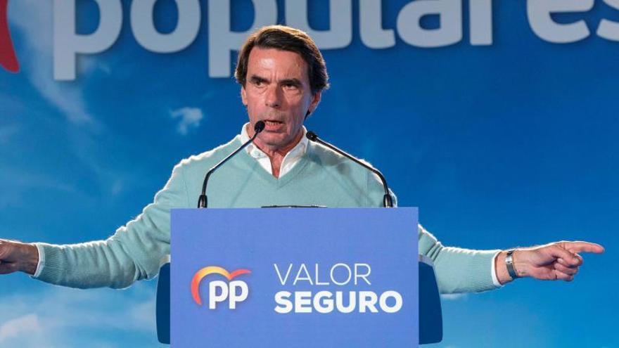 """Aznar defiende una """"intervención"""" para apoyar a Guaidó"""