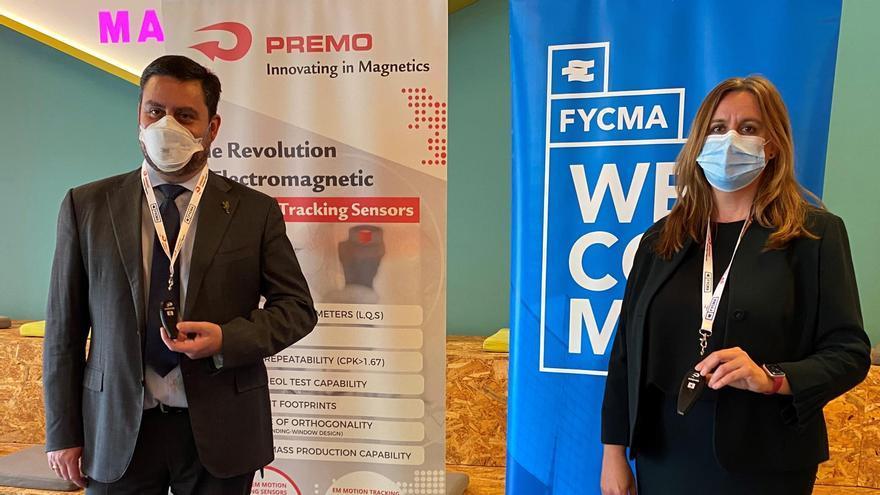 El Fycma y Premo impulsan una prueba piloto con dispositivos de distanciamiento interpersonal
