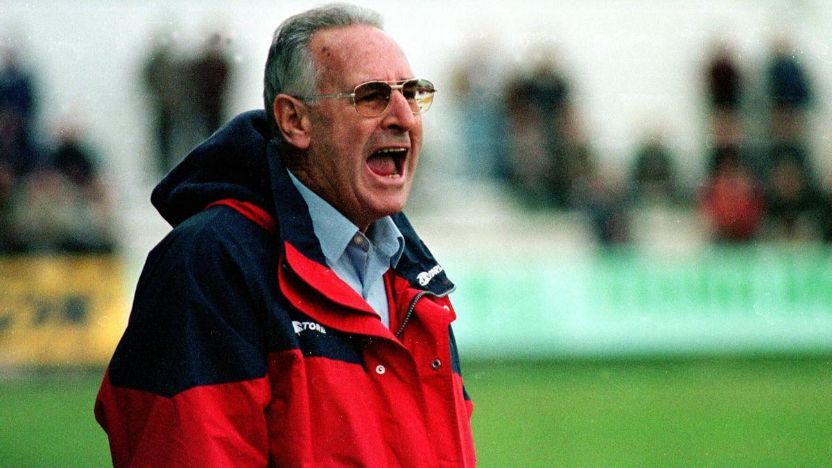 Vicente Cantatore, en su etapa de entrenador del Sporting.