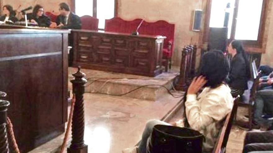 Condenada por amputar un dedo a otra joven durante una riña en Palma