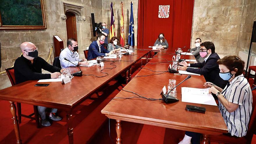 Patronales y sindicatos de Baleares abogan por rediseñar el plan de desescalada