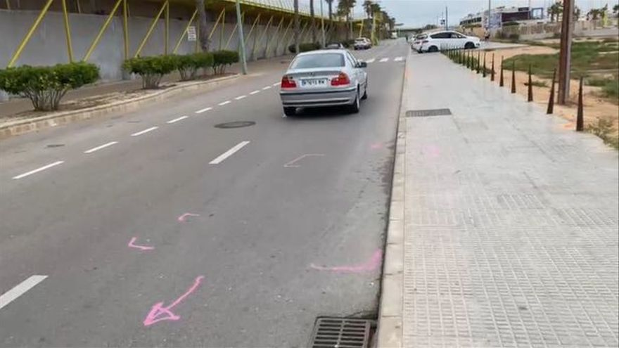 Las marcas del atropello en Torrevieja