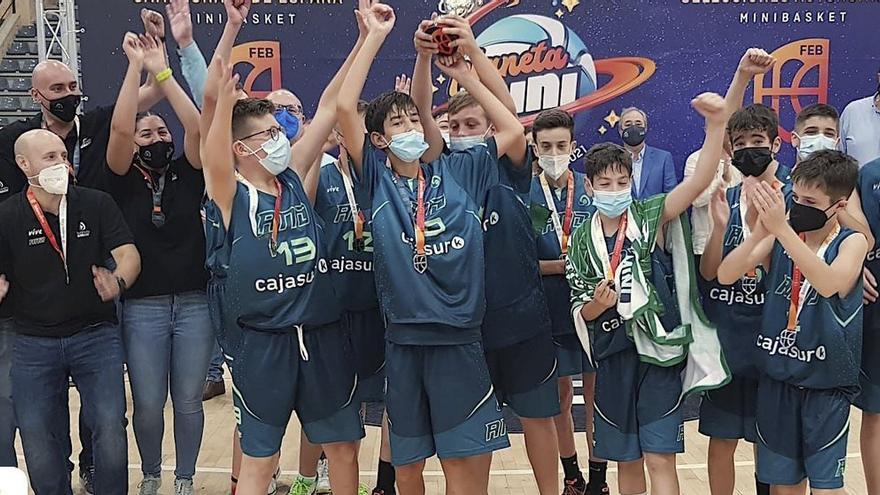 Once cordobeses suben al podio en el Campeonato de España de selecciones de baloncesto