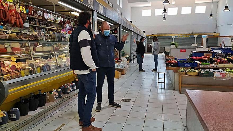 Los comerciantes del mercado de Sóller instan a prorrogar sus puestos
