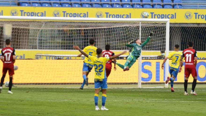 Un penalti para acabar con Raúl