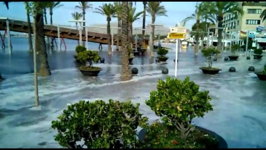 Una espectacular ´rissaga´ inunda playas y puertos en varias poblaciones costeras