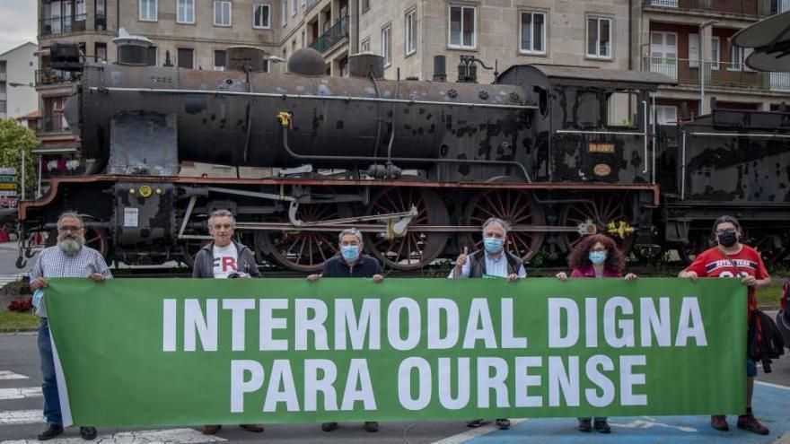 "La plataforma Tren Digno: ""Queremos una intermodal de primera, no de tercera"""