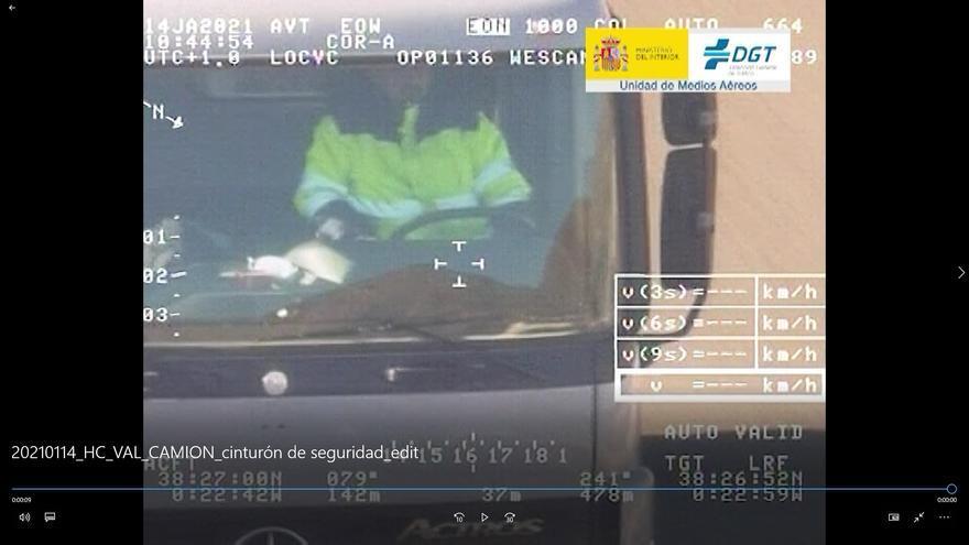 Exceso de horas y sin cinturón: las principales infracciones de los conductores profesionales