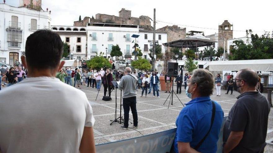 Trabajadores del Ayuntamiento de Alburquerque lanzan un SOS tras 10 meses sin cobrar