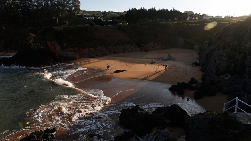 Casi 220.000 personas visitaron este verano las playas de Carreño