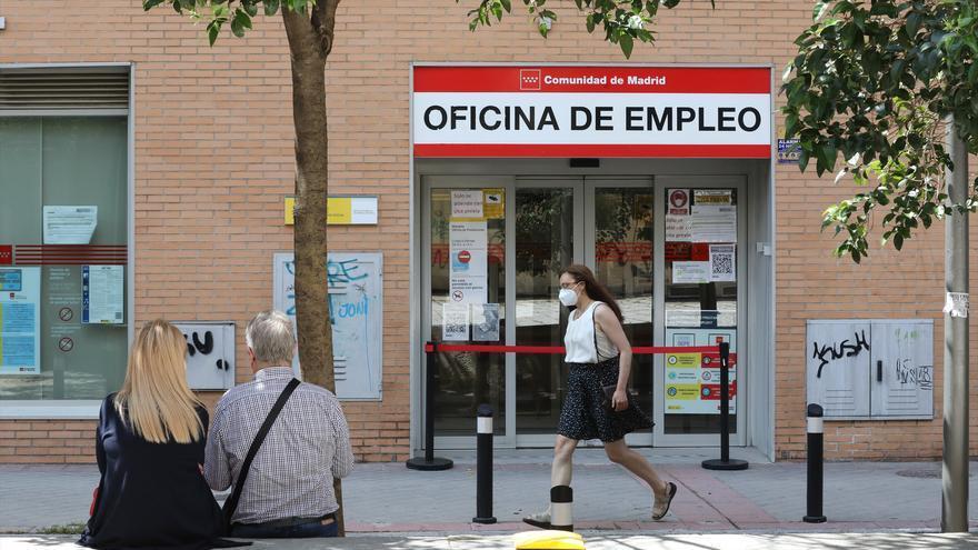 El empleo se recuperó con 464.900 ocupados más en el segundo trimestre