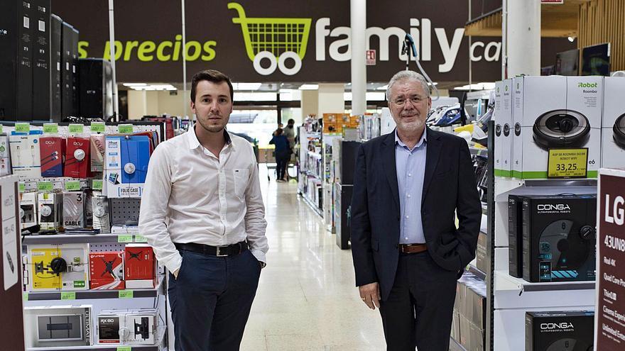 La 'Family' del empresario de Carcaixent se expande