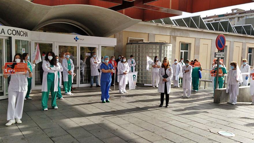 Concentración de médicos, previa a la huelga del martes convocada por CESM