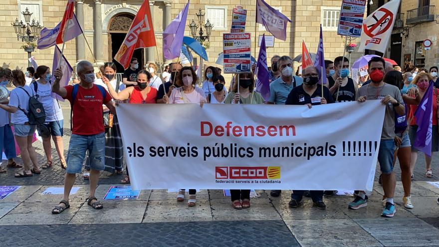 La plantilla de Barcelona Activa es mobilitza contra la decisió de prescindir d'un centenar d'empleats