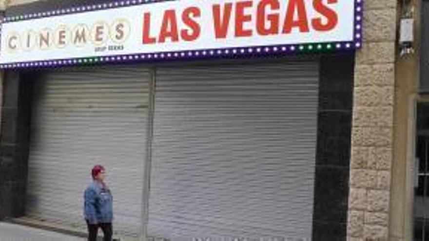 Els cinemes Las Vegas de Figueres tanca uns dies per «reformes» a la teulada