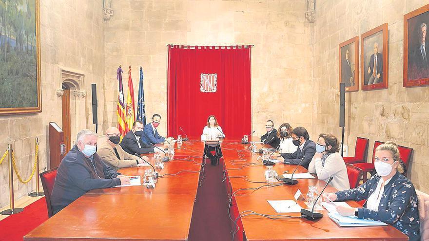 Acuerdos socialcomunistas | Por Matías Vallés