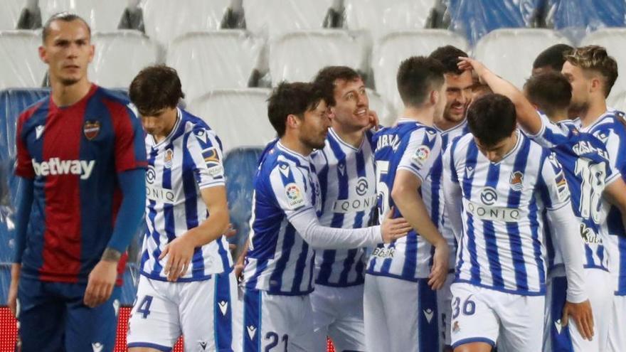 La Real Sociedad supera por la mínima al Levante