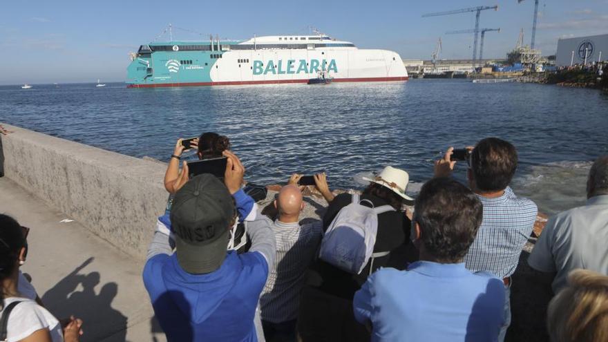 Máxima expectación para la botadura en Gijón del catamarán que construye Armon para Balearia