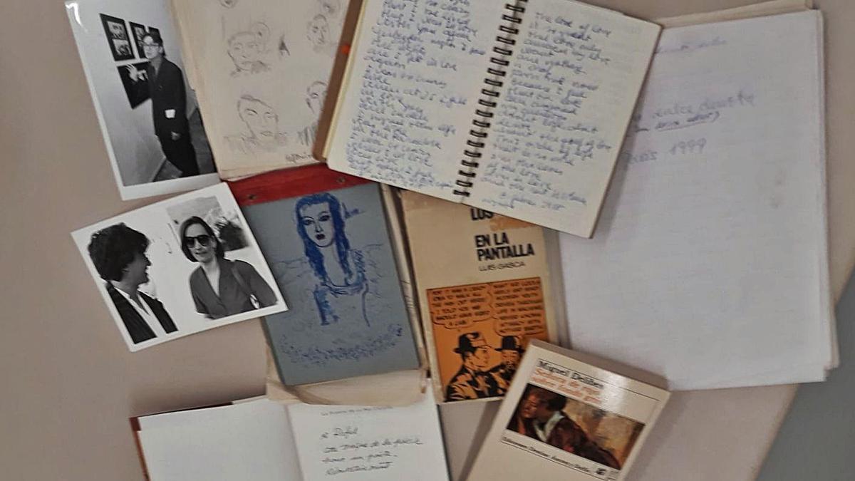 Algunos de los documentos que forman parte de la donación. | LEVANTE-EMV