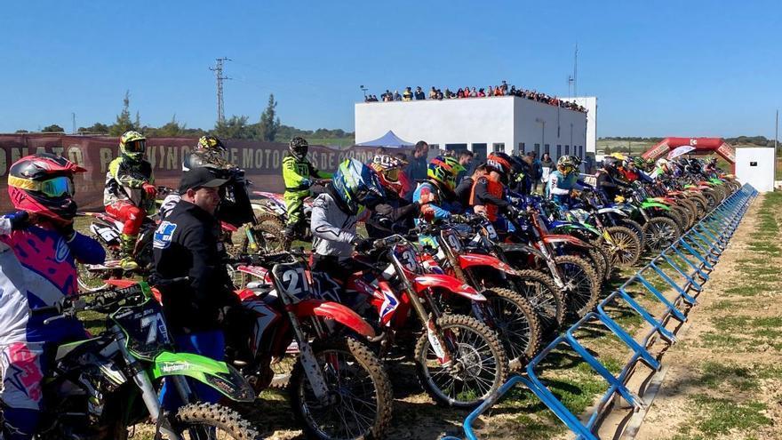 El Provincial de motocross vuelve a la competición en Almodóvar