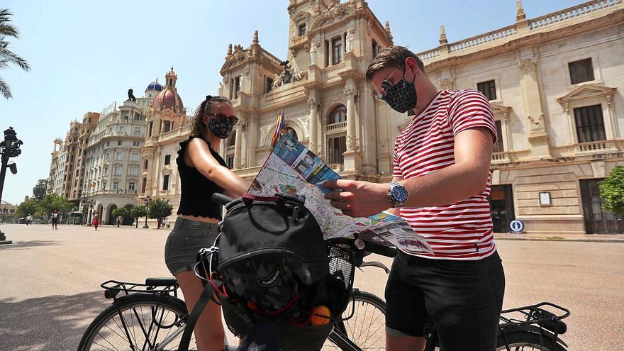 Casi el 60% de los anuncios de pisos turísticos se saltan la ley en la C. Valenciana