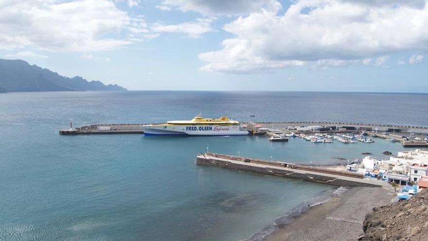 El 'Bañaderos Express' se estrena en la 'Ruta Trimarán' entre Gran Canaria y Tenerife