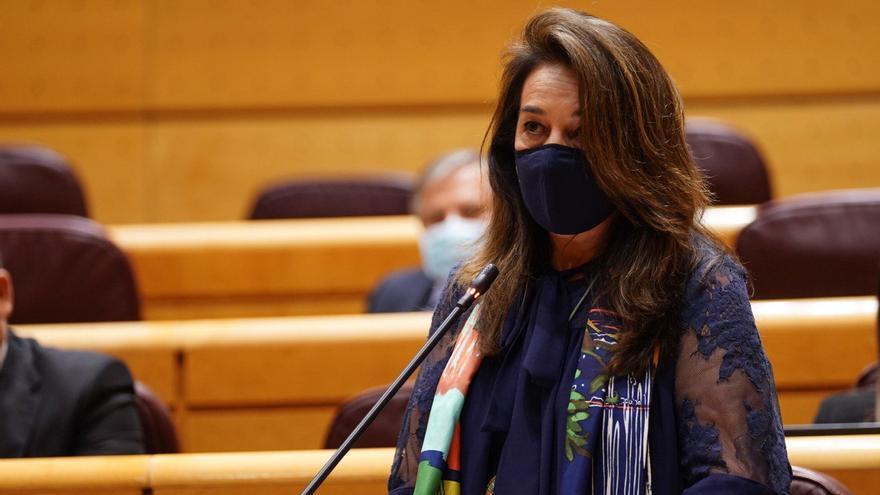 """Adela Pedrosa a Irene Montero: """"¿Siente vergüenza por compartir su vida con un machista?"""""""