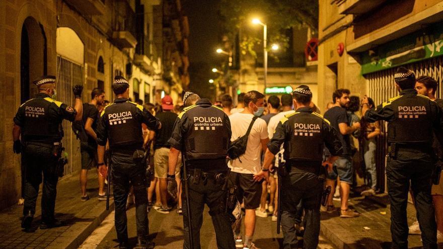 Desallotjades 4.100 persones a Barcelona en la primera nit sense toc de queda