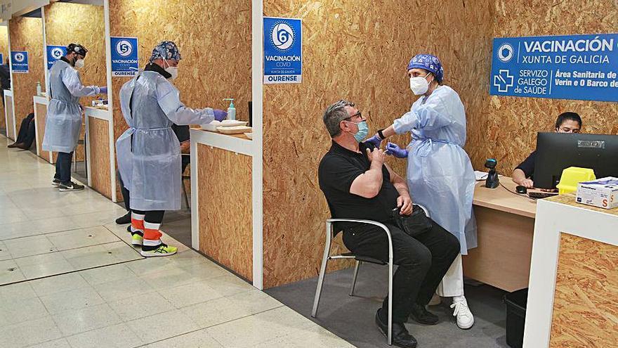 La vacunación masiva intensifica el ritmo desde hoy con el grupo de edad de 75 a 79