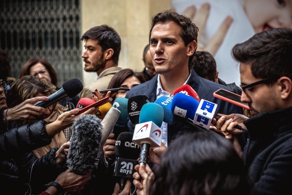 28 April 2019, Spain, Hospitalet De Llobregat: ...