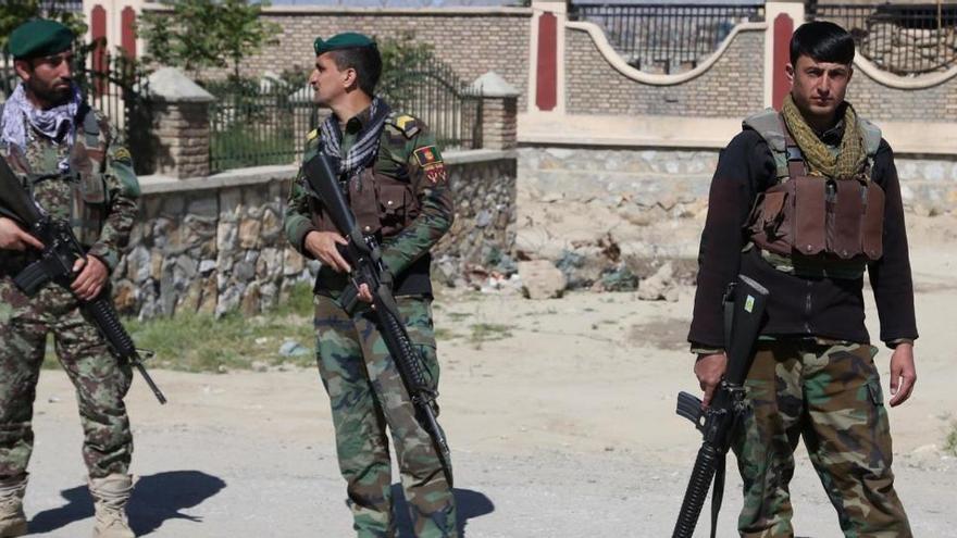 Al menos un muerto en un ataque con cohetes en Kabul